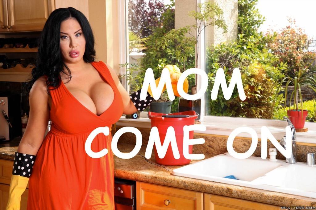 Mom Com-On porn comics 8 muses