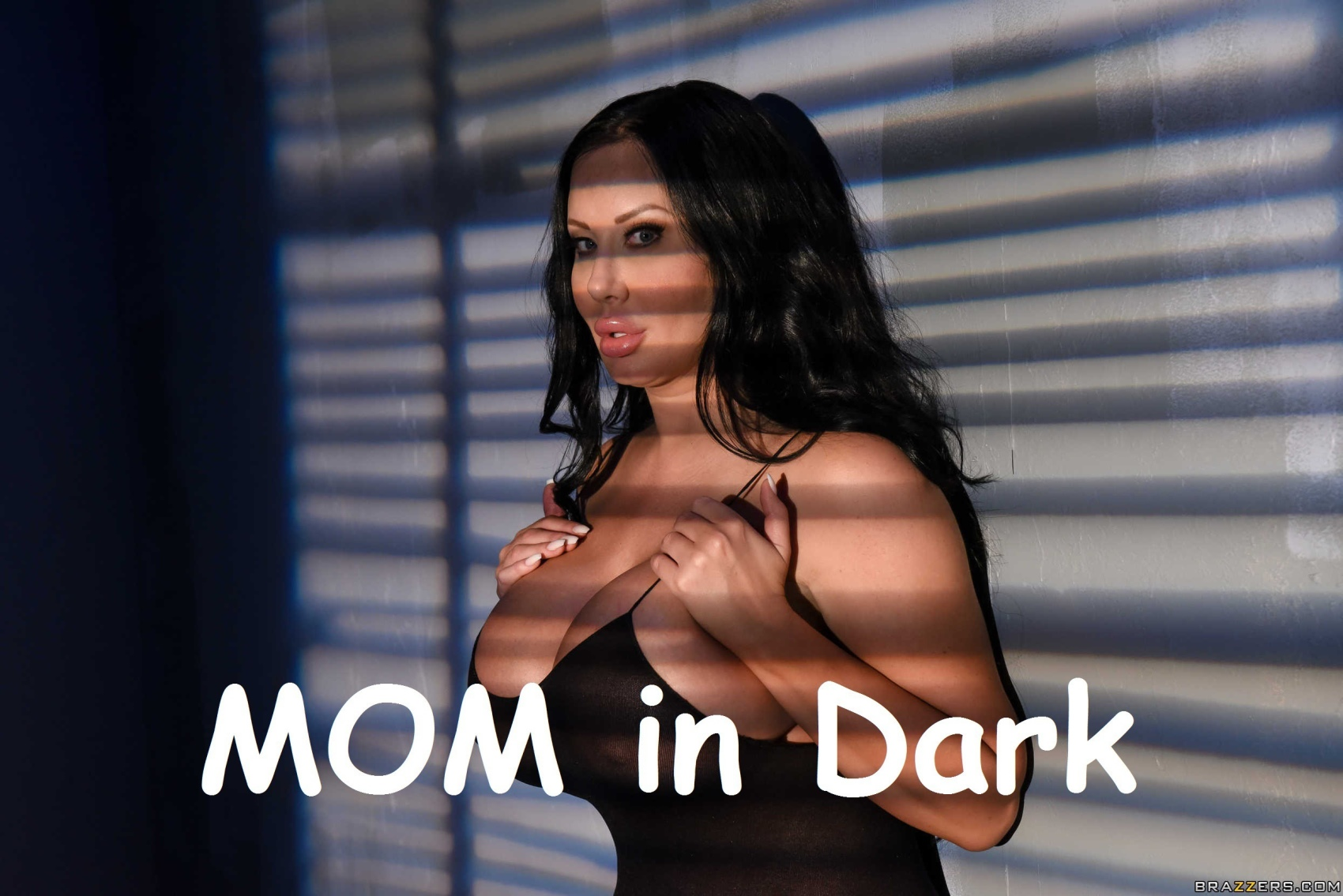 Mom in Dark – Brazzers image 1